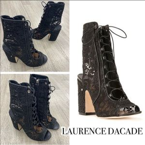 ❤️Lawrence Decade Lace Booties NWOB